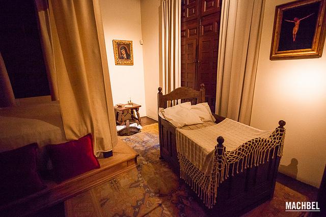 Una de las estancias en la Casa Museo de Cervantes en Alcalá de Henares. Foto de Víctor Gómez vía Flickr.