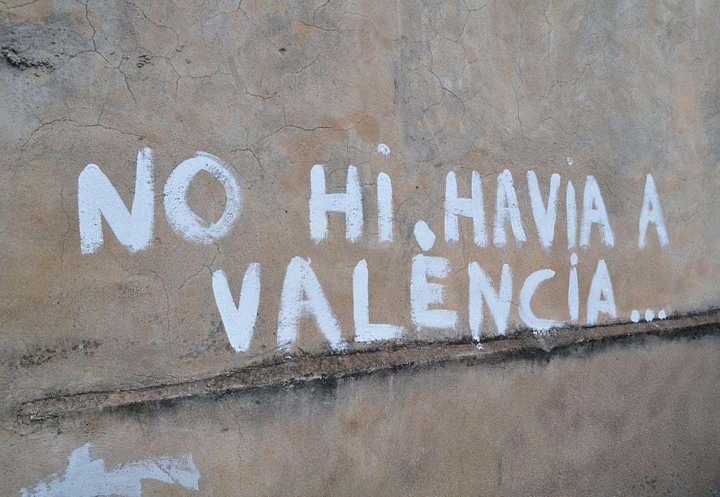Versos de Estellés en una calle de Els Poblets, en la Marina Alta.