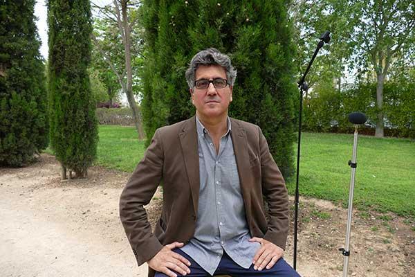 Juan Vicente Piqueras durante la entrevista con Poética 2.0.