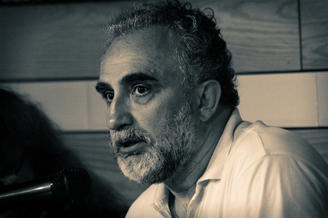 Víktor Gómez.