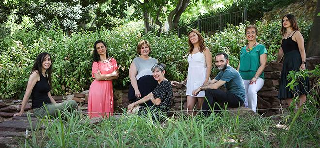 De izquierda a derecha: Virginia Navalón, Pilar Verdú, Elena Escribano, Inma López (sentada), Bibiana Collado, Fran García, Ana Pérez y Montse García.