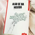 'Algo se ha movido' antología poética