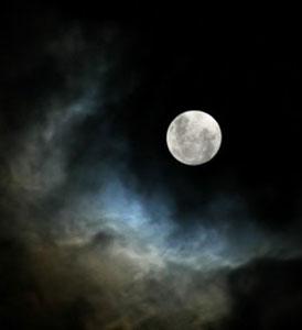 Todos los poemas sobre la luna